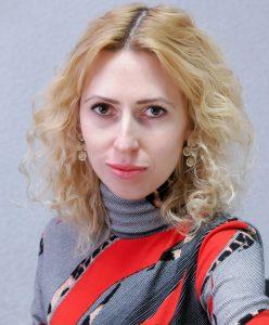 Психолог Браторская